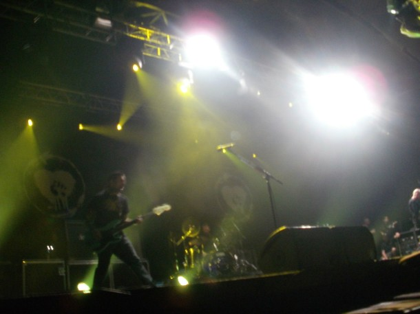 fotos-live-gruppa-Rise-Against-arena-moscow-club-Audience-of-One-2012
