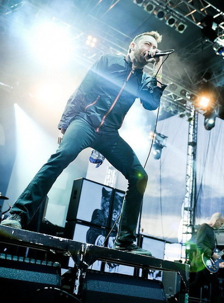 photos-Tim-McIlrath-punk-band-band-Rise-Against-Satellite-v-givyu-2011