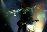 fotki-s-koncerta-band-Rise-Against-v-moskve-arena-Savior-2012