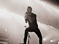 photo-Tim-McIlrath-frontman-Rise-Against-personal-life-Lanterns-2002