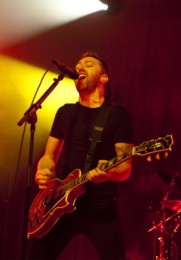 photo-Tim-McIlrath-leader-Rise-Against-private-foto-Wait-for-Me-2008