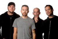 fotki-punk-band-band-Rise-Against-home-photos-2012