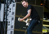 photos-Brandon-Barnes-punk-group-Rise-Against-festival-Lanterns-2011