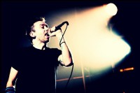 photo-Tim-McIlrath-punk-gruppa-Rise-against-Endgame-on-scene-2003