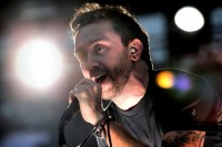photos-Brandon-Barnes-punk-band-RiseAgainst-Wait-for-Me-on-stage-2000