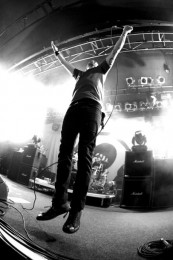 photos-Joe-Principe-hard-core-Rise-against-Give-It-All-concert-2010