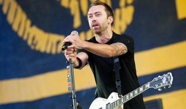 photo-Joe-Principe-hardcore-punk-RiseAgainst-rock-scene-Lanterns-2011